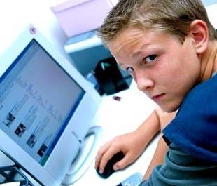 Mon_enfant_est_sur_facebook_c_est_grave_rubrique_article_une