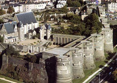 Chateau-Angers_1024X768