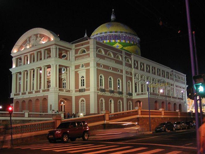 799px-Teatro_Amazonas