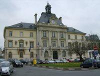 2008-12-19_23-30-53_meaux_hotel_de_ville02